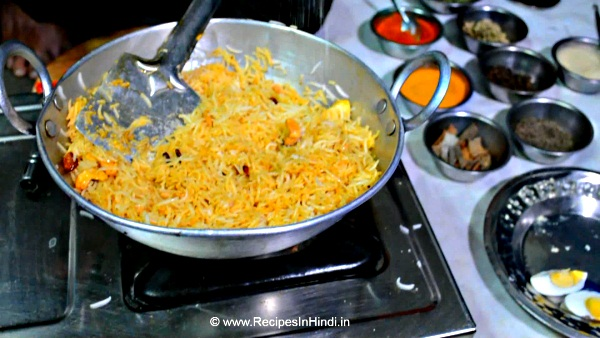 Home made Egg Pulao Recipe in Hindi.