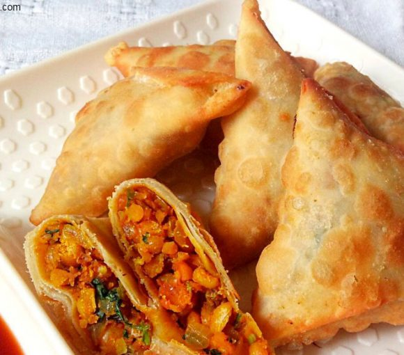 Chana Dal Samosa Recipe, Chanay ki Daal ka Samosa, Dal Samosa Recipe, Samosa Recipe, Indian Street Food Recipe, Fast Food Recipe, Kids Recipe.